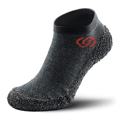 Skinners | Unisex Minimalistische Barfußschuhe für Damen & Herren | Minimalist Barefoot Socks/Shoes for Men & Women | Speckled Schwarz rotes Logo, S