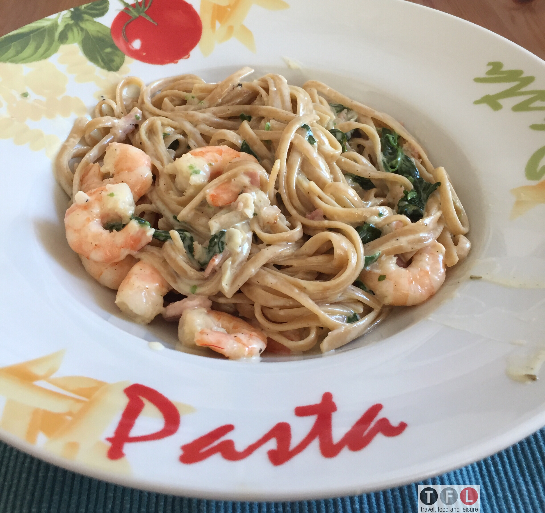 Pasta Alfredo einmal anders – Vollkorn Linguine Alfredo mit Garnelen